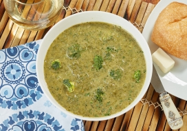 Broccoli Spinach & Cheddar Soup