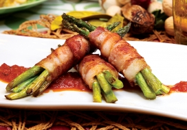 Image of Bacon-Wrapped Asparagus with Tomato Spiced Jam